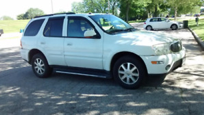 2005 Buick Rainier 4door SUV, Crossover