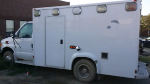 2000 Ford E350 Automatic truck Diesel