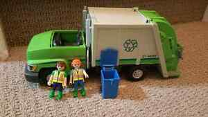 Playmobil recycling truck Kitchener / Waterloo Kitchener Area image 1