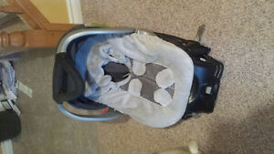 Car seat with winter cover