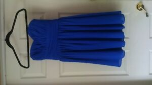 Blue Sweetheart Neckline Knee-length Dress