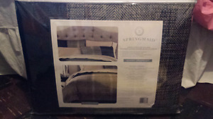 8 piece comforter set brand new