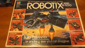 Vintage Modular Building System Robotix Series R-100 w/ Box