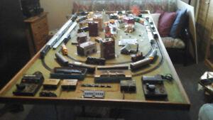 Ensemble de trains électrique HO années 1980 approx