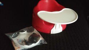 Siège bumbo rouge complet -  tablette, ceinture et instructions