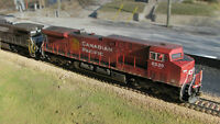 Athearn AC4400 CP Rail, decoder, weathered