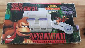 Super nintendo (donkey kong set) 3 jeux 2 manettes