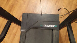 older treadmill good for part or can be repaired London Ontario image 2