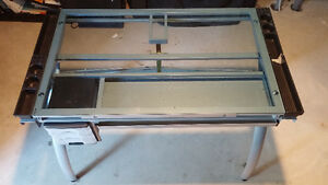 Tacony glass drafting table in mint condition