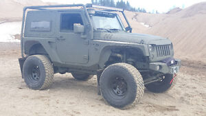 JEEP JK LIFT KIT MILITARY JAMAIS ACCIDENTER