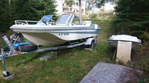 Starcraft Bowrider boat, 175hp, with trailer