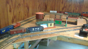 LIONEL TRAIN ENGINES, CARS AND VICTORIAN HOUSES Windsor Region Ontario image 4