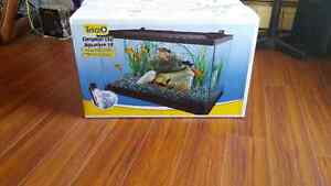Brand new never been opened 10 gallon comes with everything London Ontario image 1