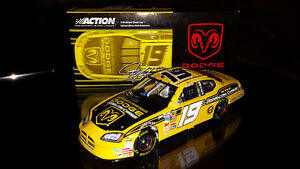 Auto Nascar diecast 1:24 Dodge Charger #19 Top Banana