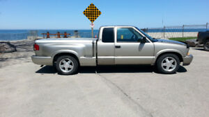 2000 GMC Sonoma SLS Sport Stepside Pickup Truck  E-Tested