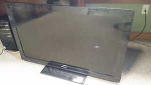"Sony Bravia 40"" LCD TV - Broken"