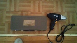 Impact wrench and socket set