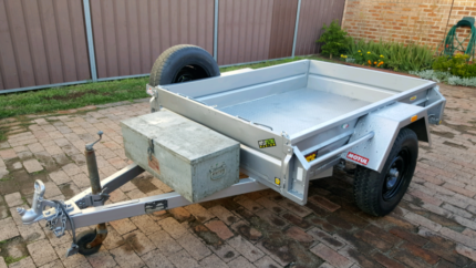 Tralier Hire $ 30 P/D 6x4 Green Valley Liverpool Area Preview