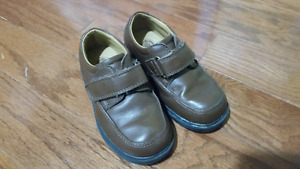 Buster Brown Dress Shoes