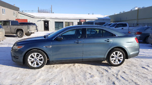2010 Ford Taurus SEL, AWD!! 99k!!..Great Cond in and out..