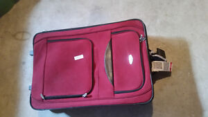 4 pieces of luggage for sale London Ontario image 3