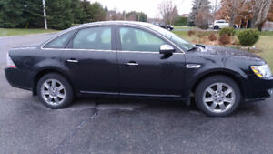 2009 Ford Taurus Limited AWD Sedan
