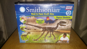 Smithsonian Mold and Paint Craft Kit - Brand New In Box