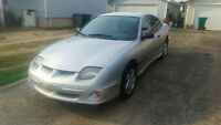 2000 Pontiac Sunfire SE Coupe. ONLY 176,000 KM!! $1200
