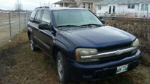 2003 Chevrolet Trailblazer 4x4 SUV, $2000 OBO, Some repairs req.