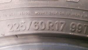 225/60R17 Toyo Observe GSI-5 winter tires Kitchener / Waterloo Kitchener Area image 2