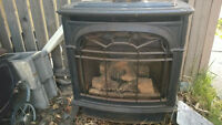 Gas fireplace/stove