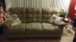 Reclining couch n lovesest London Ontario image 1