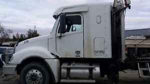 2010 Tri-Drive Heavy Duty Freightliner Truck