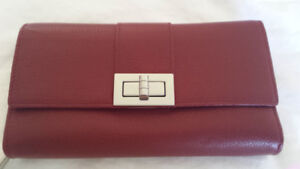 Danier leather wallet New without tags