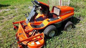 kubota Gf 1800 4x4 tractor mower and snow blower