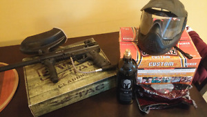 ***SELLING*** PAINTBALL GUN AND EQUIPMENT