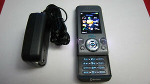 Sony Ericsson W580 cellphone Rogers/ChatR