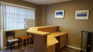 Nice, Renovated Commercial Space – Downtown of Welland