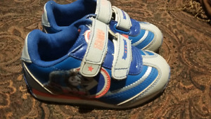 Boys running shoes size 7 Thomas the train