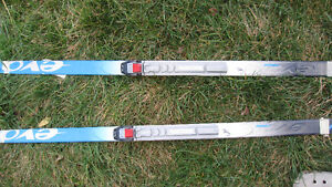 SKIs and POLES - Junior sizes (multi Items)