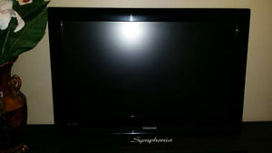 "32"" LCD tv TOSHIBA brandname, with original remote control, Exce"