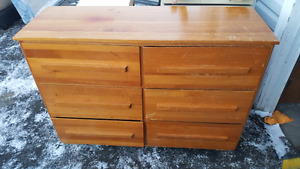 6 DRAWER DRESSER. DELIVERY IS EXTRA