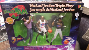 Michael Jordan Triple Play Warner Bros