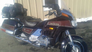 85 Goldwing Aspencade with only 93000  kms.Excellent Condition!