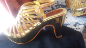BRAND NEW  GOLD  SANDALS