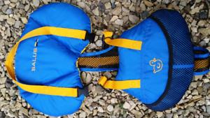 Salus Bijoux life jacket