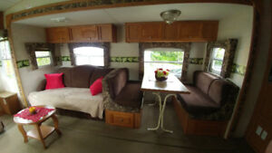 5th WHEEL TRAILER FOR SALE: