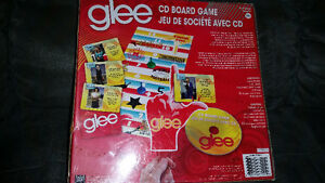GLEE the CD board game brand new still Factory sealed only 10$.. London Ontario image 2