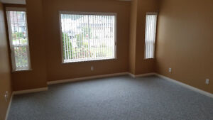 2 Bedroom Rental in Great Area - next to hospital