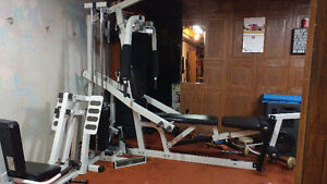 Full Gym Universal Workout Equipment